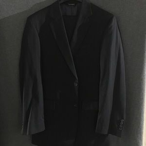 Jo's A Banks Dark Blue Pinstripe Suit - 40L